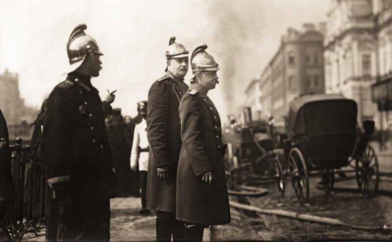 Пожар Апраксина Двора (Фонтанка д. 61). Санкт-Петербург. 3 июля 1914 г.