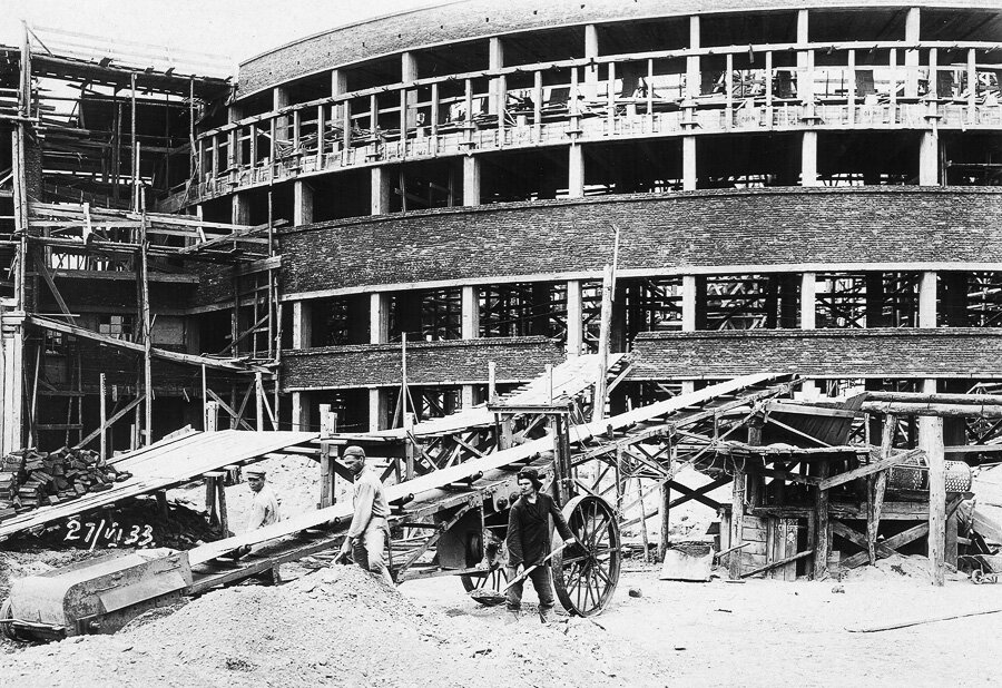 27 июня 1933 Боковой фасад кулуаров с южной стороны
