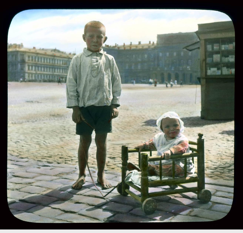 Пушкин (Царское Село). Екатерининский дворец: дети