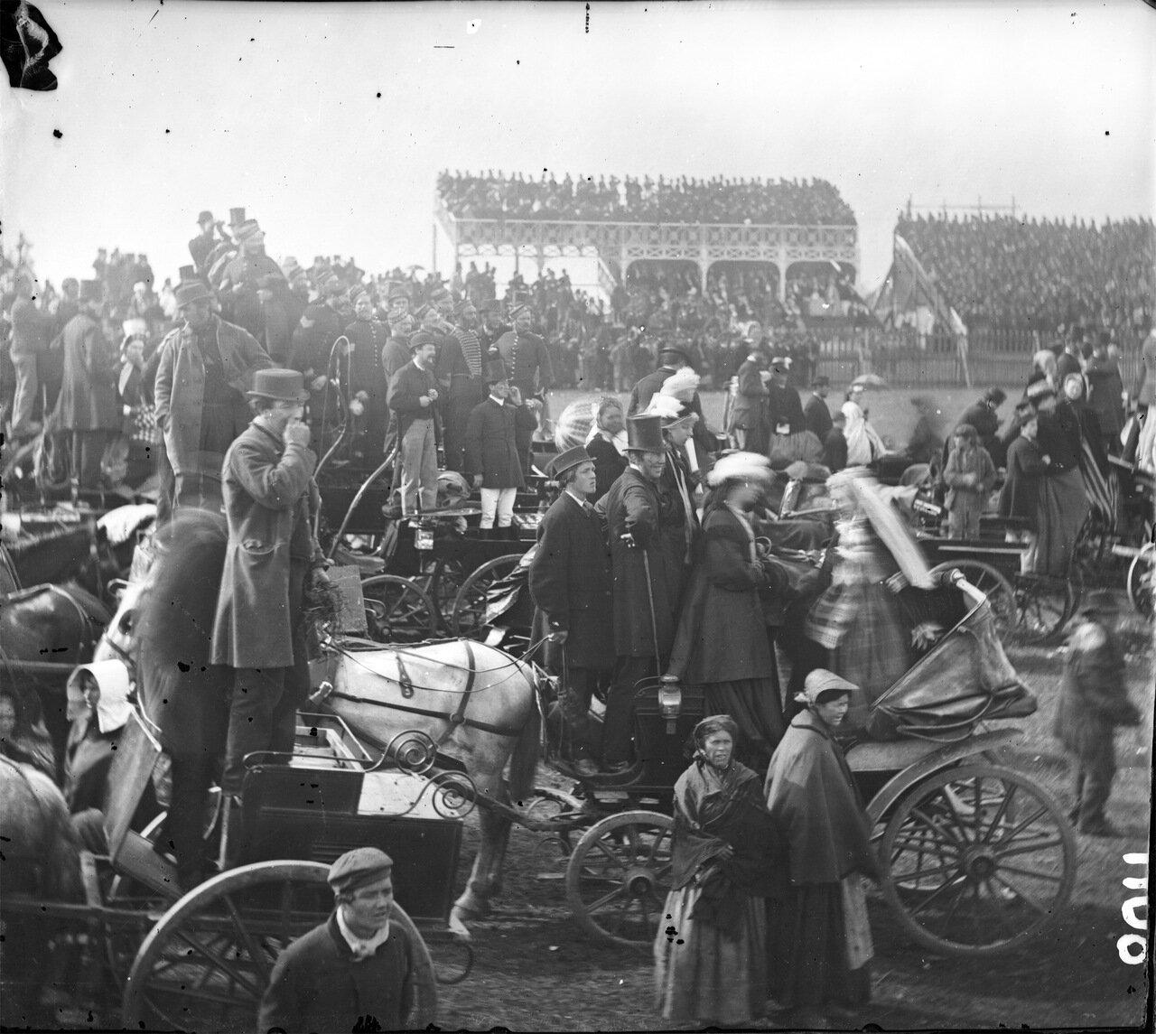 На скачках. 1868.
