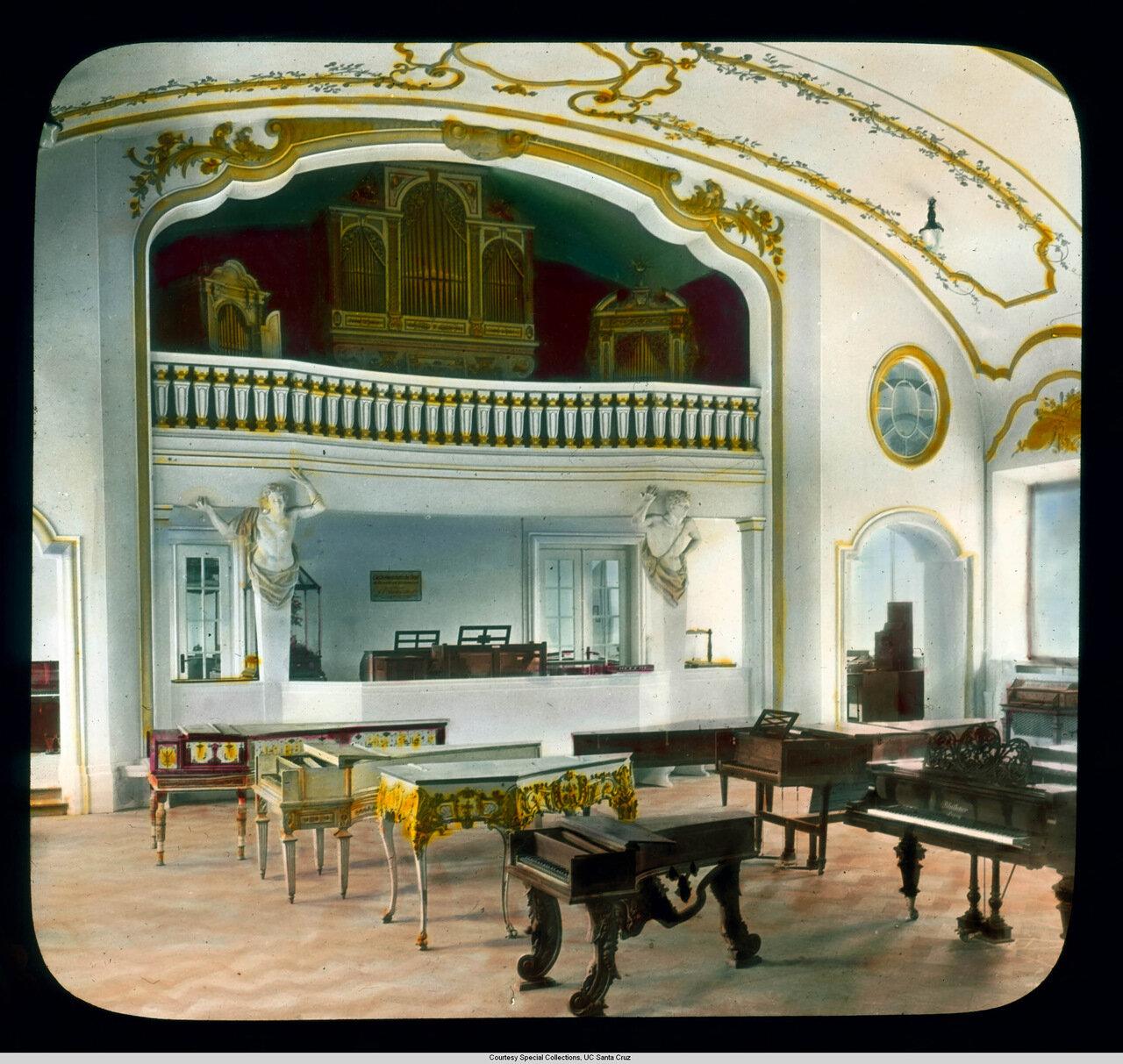 Мюнхен. Германский музей. Зал музыкальных инструментов
