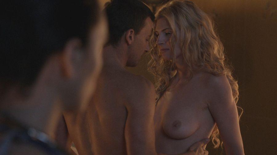 Далее представлена видеоподборка лишь малой части эротических сцен из сериа
