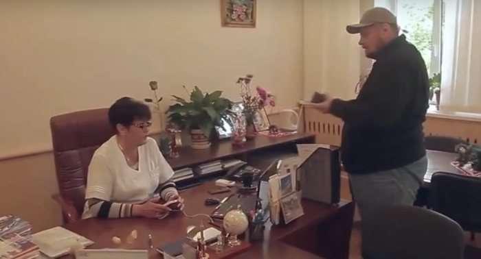 Народный депутат Мосейчук грозил расстрелом женщине-врачу— Радикальные методы