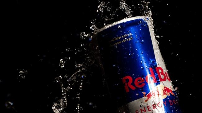 Когда напиток выводили наширокий рынок (Европа, США), основными его конкурентами выступали Coca-Col