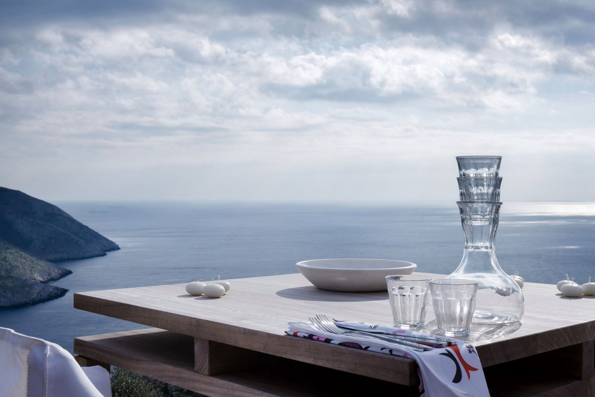 отели Греции, отель в крепости, отель крепость, старинная крепость отель, лучшие отели мира, обзоры лучших отелей, Tainaron Blue Retreat, Kostas Zouvelos