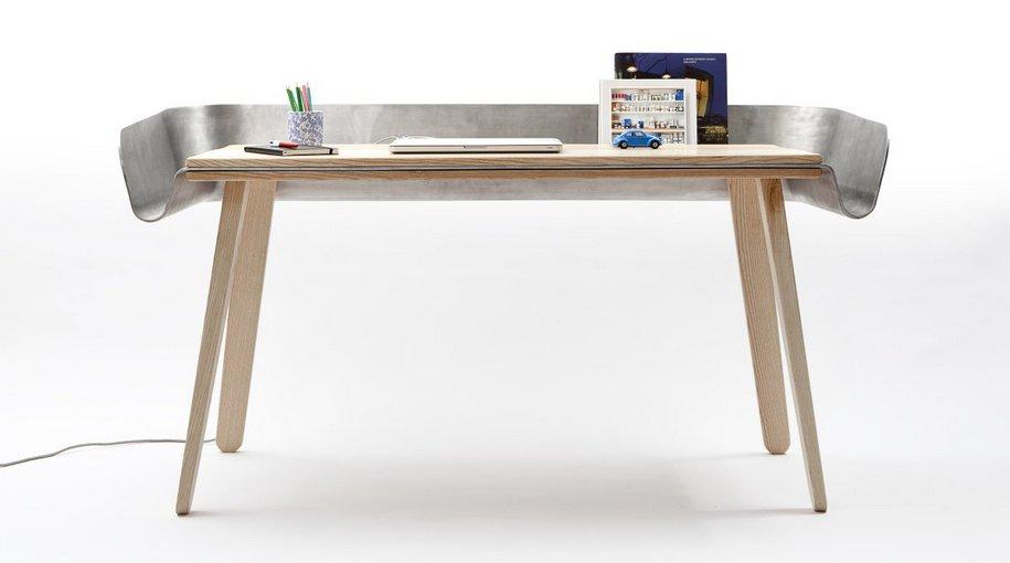 Письменный стол Homework Table от Томаша Крала