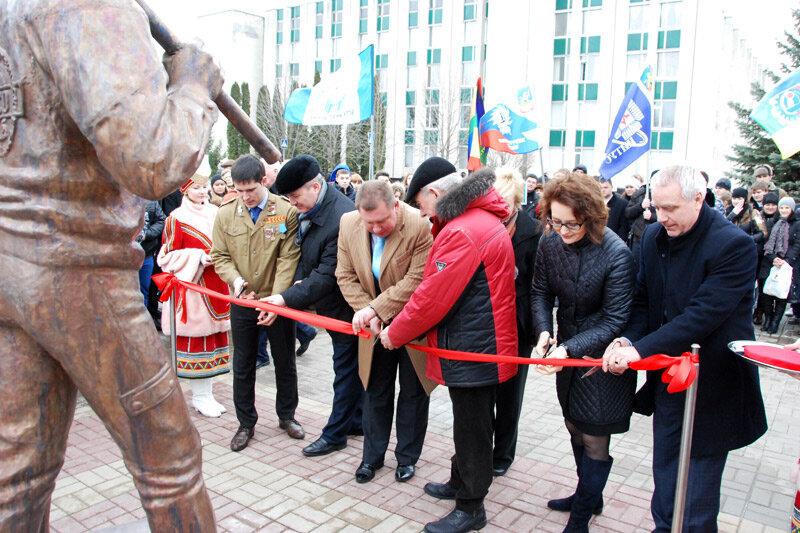 Открытие памятника стройотрядовцам, фото ИА Бел.ру