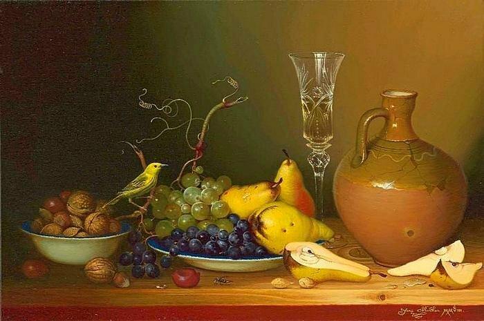 В изящном высоком бокале янтарь- виноградная гроздь. Художница Yanina (Yana) Movchan
