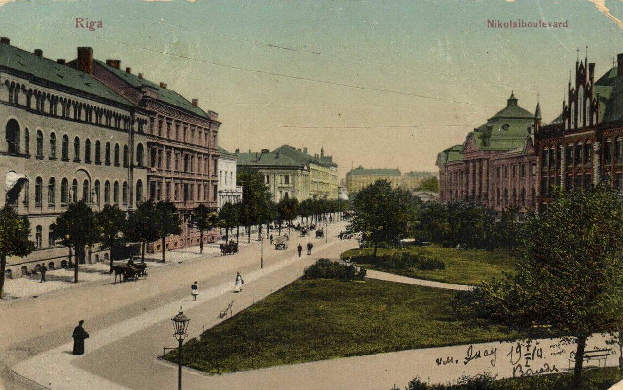 Николаевский бульвар