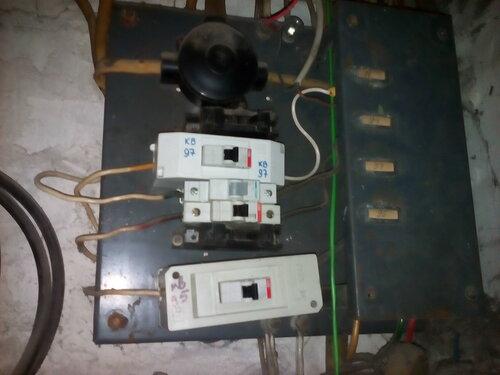 Вызов электрика аварийной службы в квартиру: Калининский район Санкт-Петербурга, Гражданский проспект
