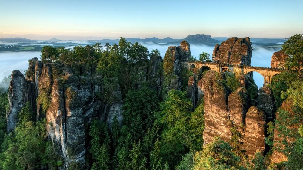 Послушать умиротворяющий шум водопадов Плитвицких озер вХорватии