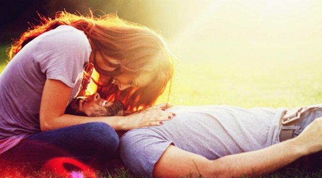 Ученые поведали, почему после секса человека тянет наоткровения иболтовню