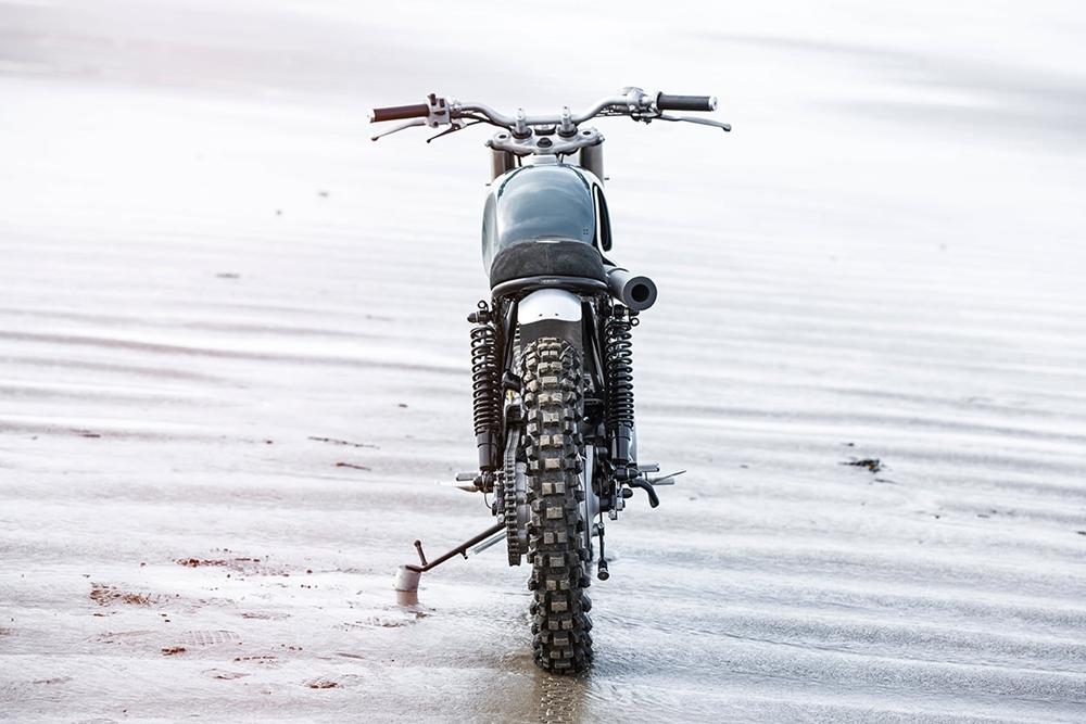 Auto Fabrica: скрэмблер Yamaha SR500 Type 7X