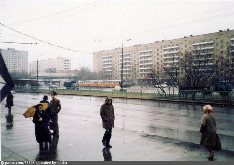 1986_Преображенская площадь.jpg