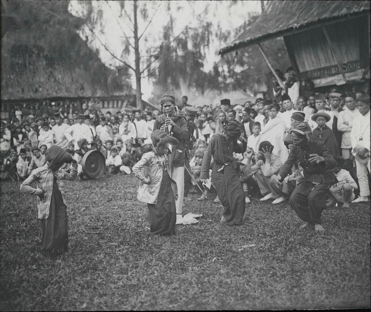 Karo-Tanz und Kult, Tanz