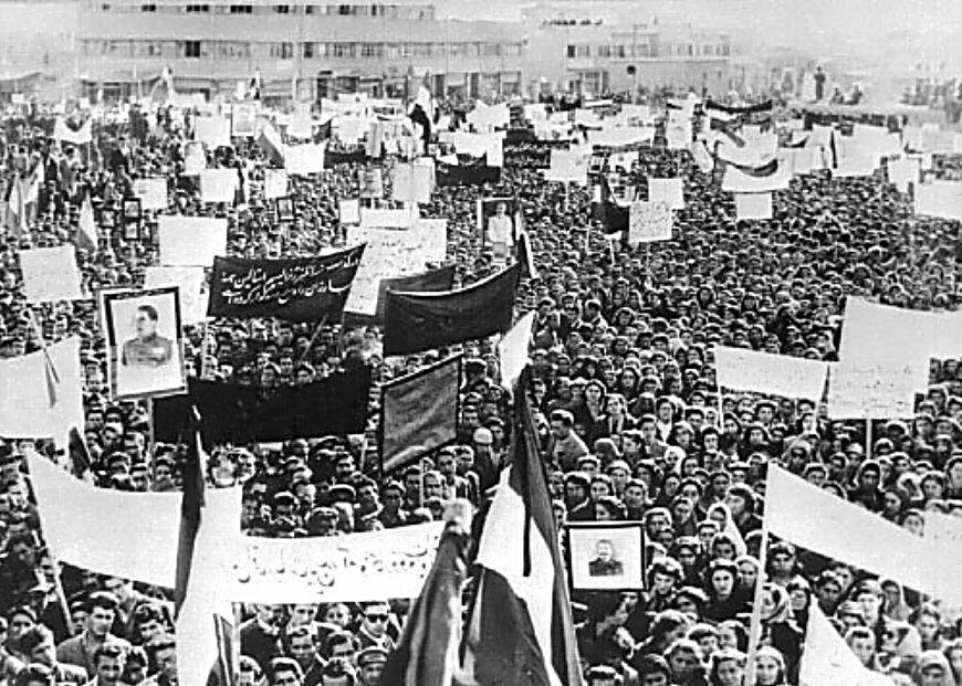 Траурная церемония в Тегеране, Иран.