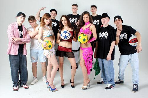 http://img-fotki.yandex.ru/get/5641/129808191.1e/0_111adf_a27df9da_L