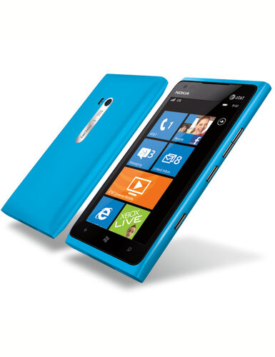 Nokia Lumia 900 (источник: mobile-arsenal.com.ua)