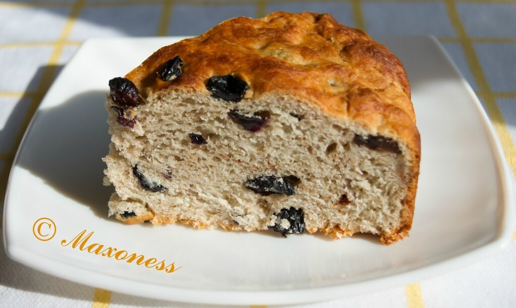 Постный пирог с изюмом. Греческая кухня