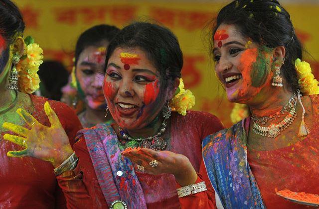Скандалы с марихуаной на фестивале Холи в Индии