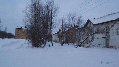 Фото города Инта №2824  Гагарина 9, Коммунистическая 2, 3 и 4 31.01.2013_13:31