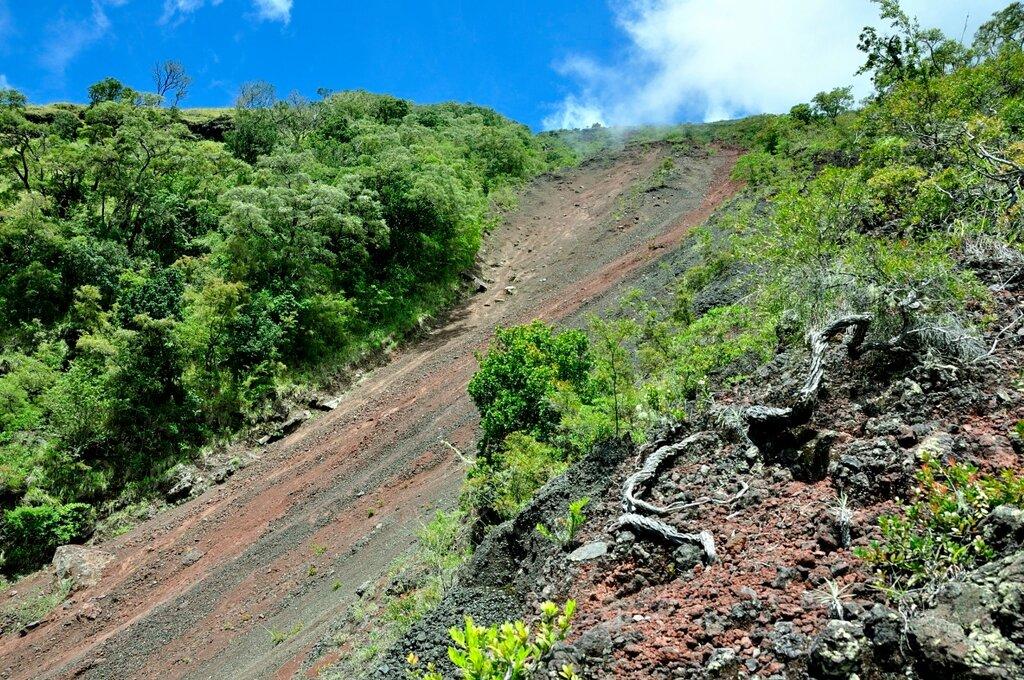 Вулкан Инере