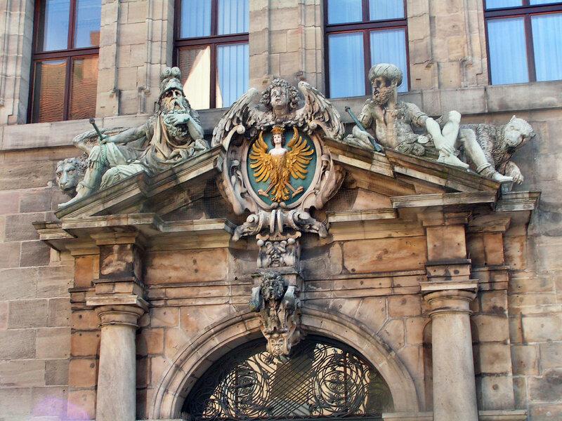 Гарпия — основной элемент Большого герба Нюрнберга