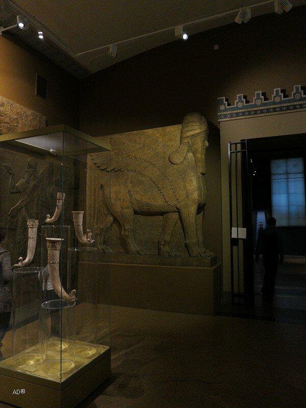 Крылатый лев из дворца Ашшурнацирапала II, 293 х 318 см, Подлинник, IX век до н.э.