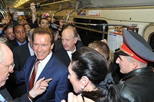 Москвичи были ошарашены, увидев Шварценеггера в метро...