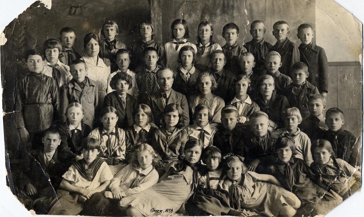 1935. Омск. Школа. Каркасы (Амурский поселок)