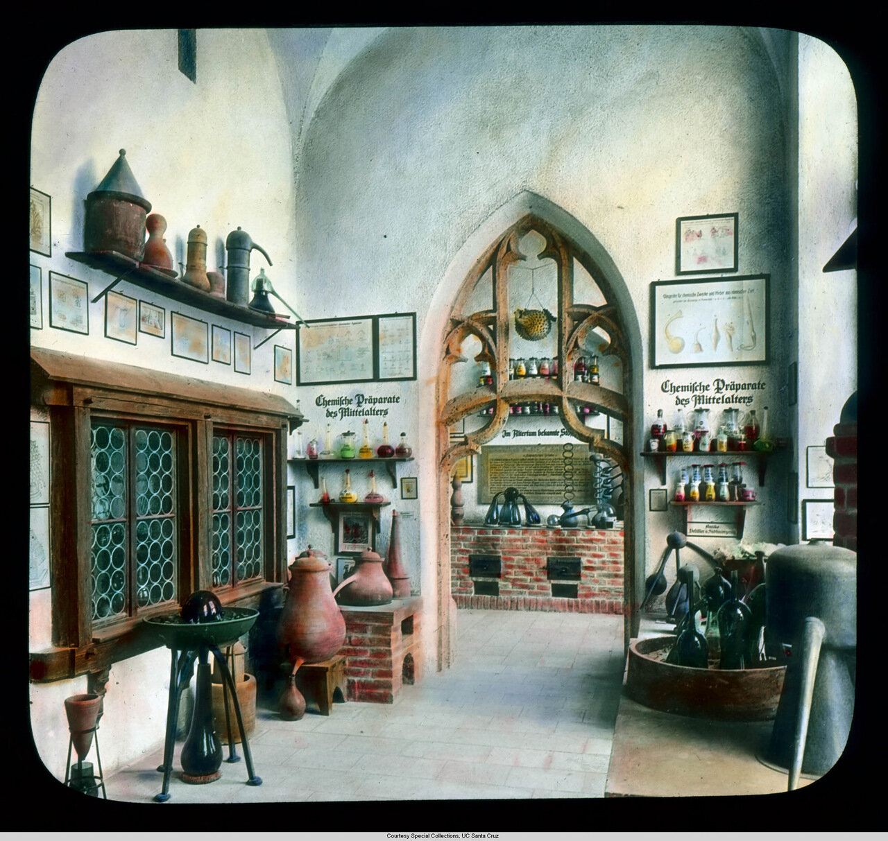 Мюнхен. Германский музей. Выставка средневековых химических инструментов