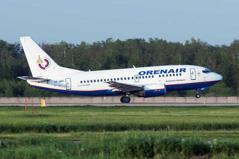 Boeing 737-5H6 Оренэйр (VP-BPF) DSC0658