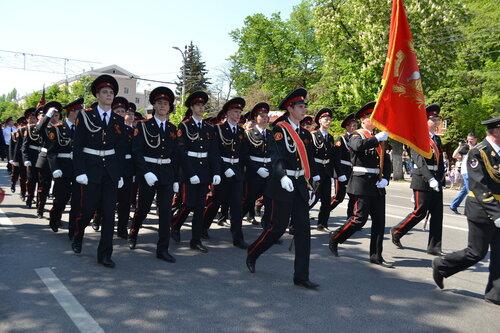 кадеты на параде
