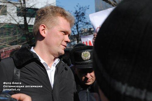 Игорь Швайка в Луганске встреча с молодыми регионами