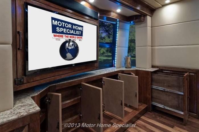 Дом на колесах за 2 млн баксов