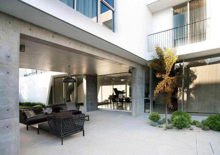 Изысканный особняк в Лос-Анджелесе