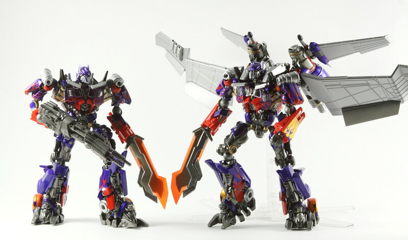 Revoltech Optimus Prime #30 and #40 Jetwing review ...