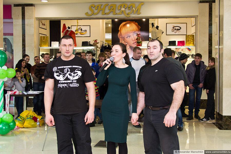 Призёры чемпионата по Армрестлингу в РИО Сергей Кулясов и Александр Сабашвили 23 февраля 2013