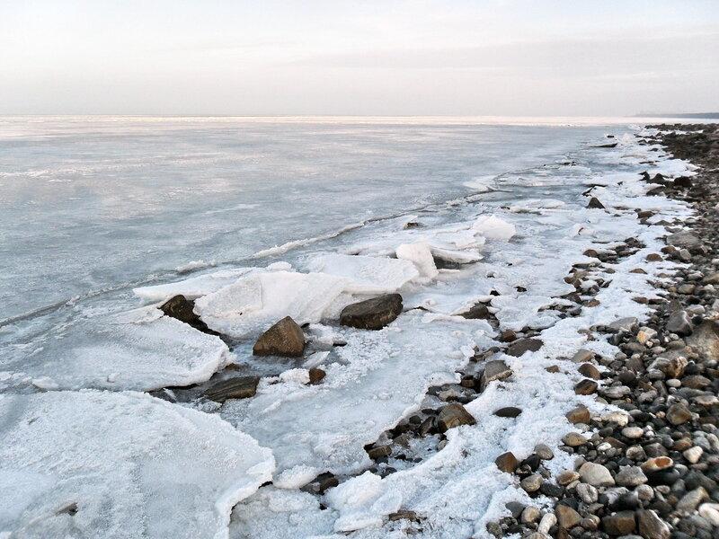 У моря, второе января