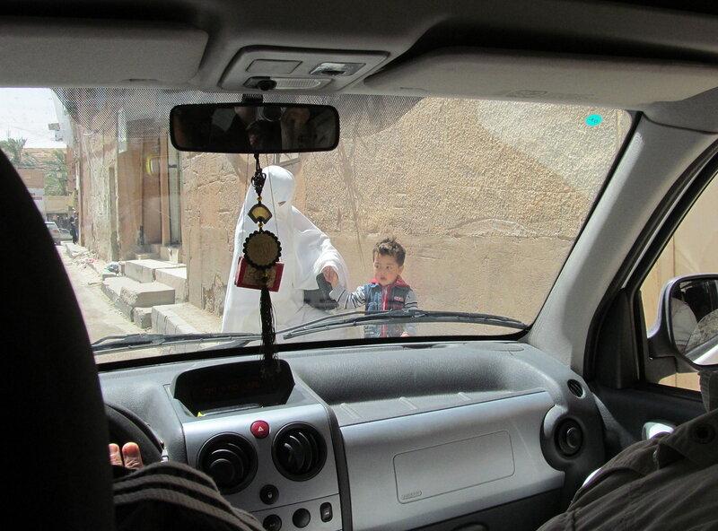 Улицы Гардаи. Люди