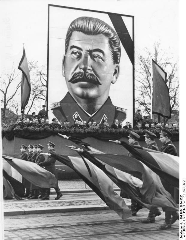 Dresden, Tod Stalin, Parade KVP