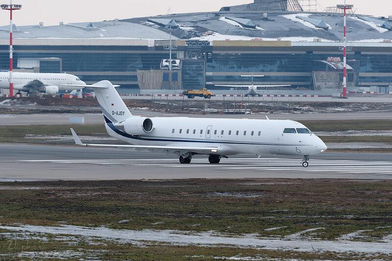 Bombardier CL-600-2B19 Challenger 850 (D-AJOY) Air X DSC_9327