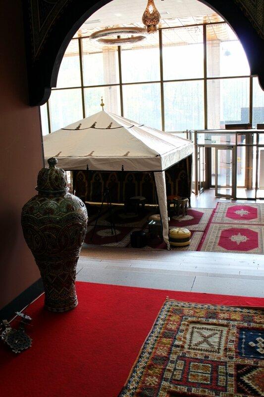 Вход к экспозиции выставки Марокко
