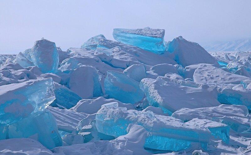 Драгоценный лед Байкала!