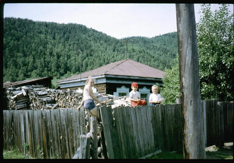 163.  Село Николы на Байкале