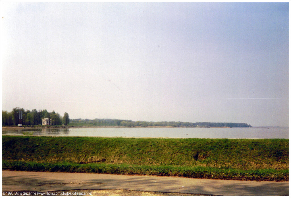 Петергоф, 10-05-1993. Финский залив за Петродворцом
