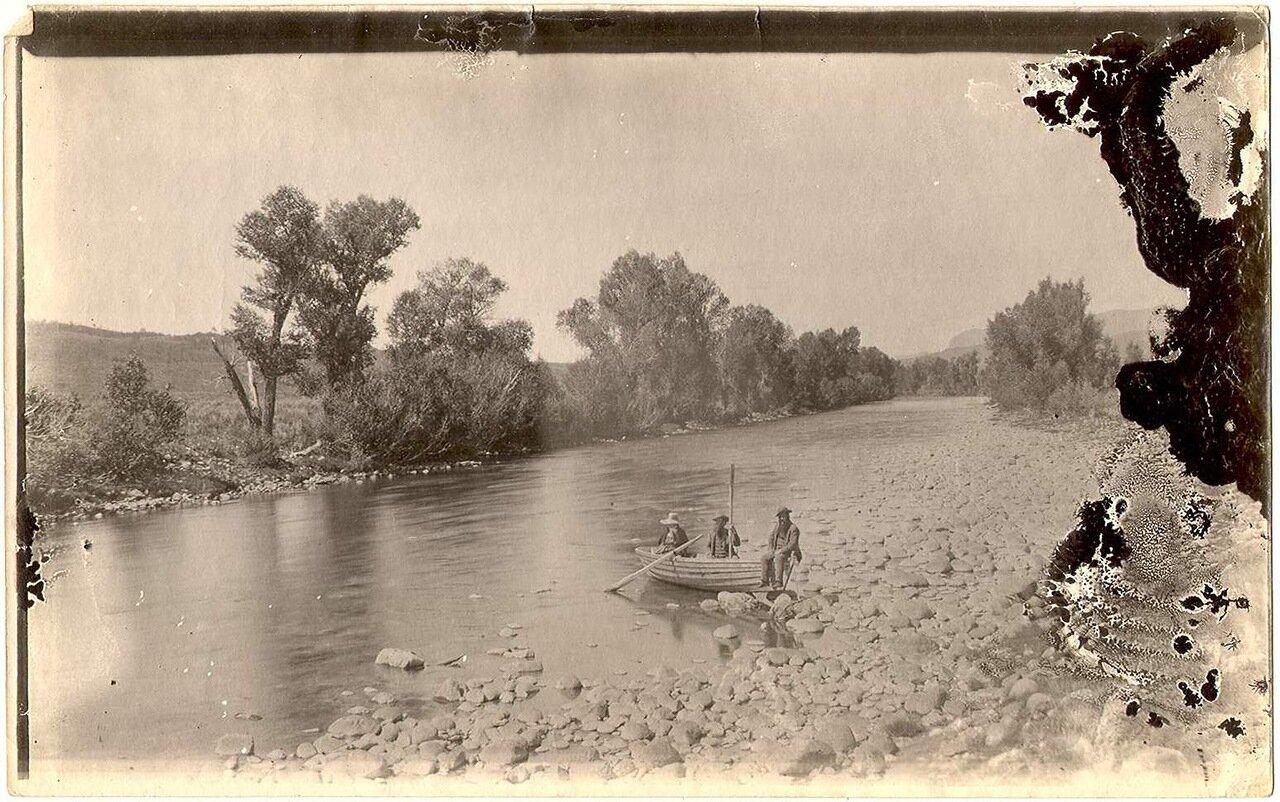 На реке Ямпа