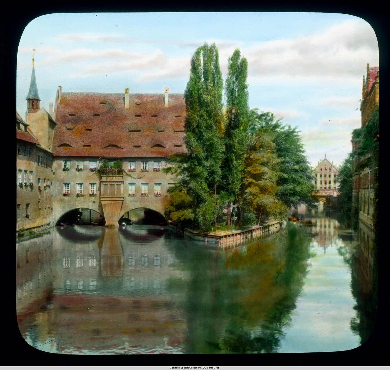 Нюрнберг. Госпиталь Св.Духа (1332-1339) над рекой Пегниц