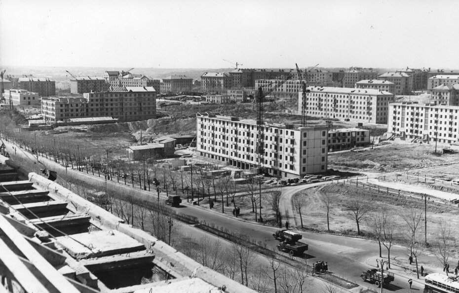 1959. Строительство Первомайского жилого массива на Чоколовке
