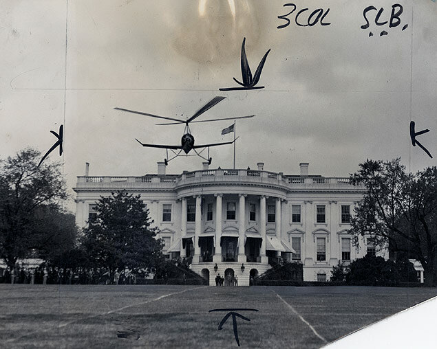 James G. Ray lands his autogiro plane on the White House lawn while President Herbert Hoover and government officials watch
